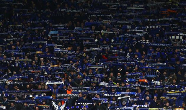 Болельщики Аталанты на матче против Валенсии, Getty Images