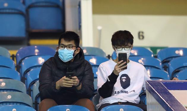 Болельщики, которые не попадут на стадион, фото getty images