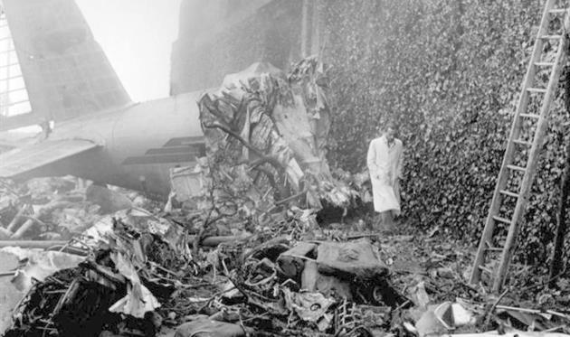 Разбившийся самолет,фото iltempo.it