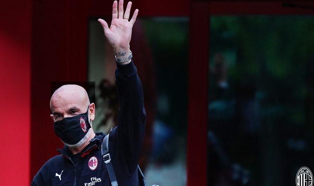 Стефано Пьоли защищен, фото ФК Милан
