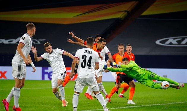 Момент с голом Жуниора Мораеса в ворота Базеля, Getty Images