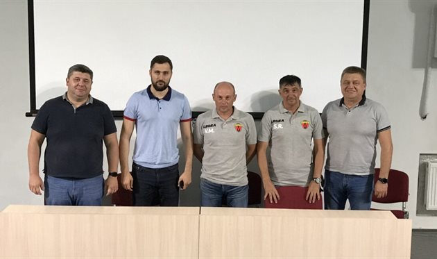 Тренерский штаб МФК Металлурга, фото МФК Металлург