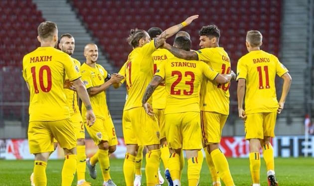 Румыния празднует победу, фото: УЕФА