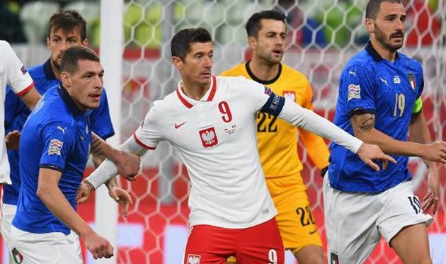 Стала известна тройка футболистов Польши, которые не попали в заявку на матч против Украины