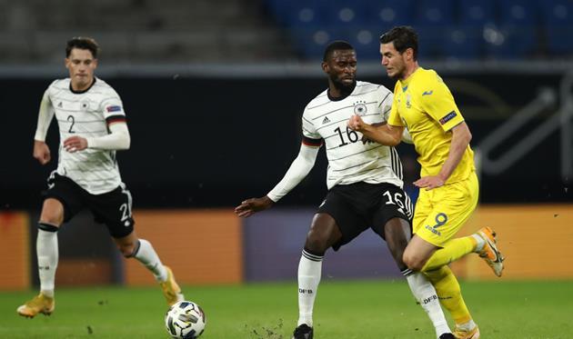 Яремчук открыл счет в матче против Германии