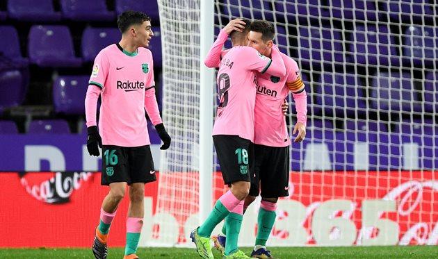 Радость игроков Барселоны, getty images