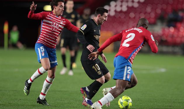 Лионель Месси в матче против Гранады, Getty Images