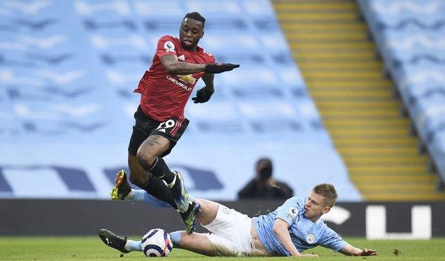 Александр Зинченко в матче против Манчестер Юнайтед, Getty Images