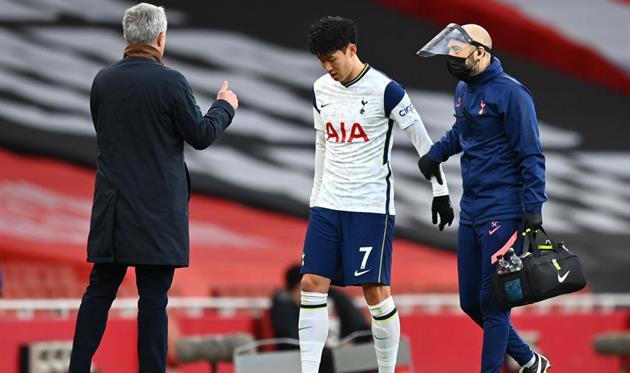Сон получил травму в матче с Арсеналом