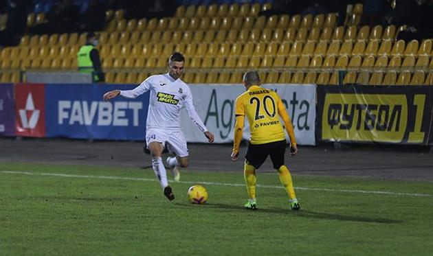 Орест Лебеденко в матче против Александрии, фото ФК Александрия