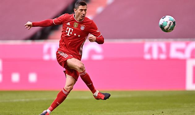 Левандовски обновил свой рекорд, забив 35 голов за сезон в Бундеслиге