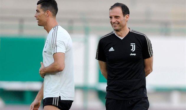 Массимилиано Аллегри (справа) и Криштиану Роналду, getty images