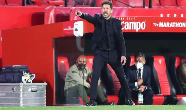 Диего Симеоне в матче против Севильи, Getty Images