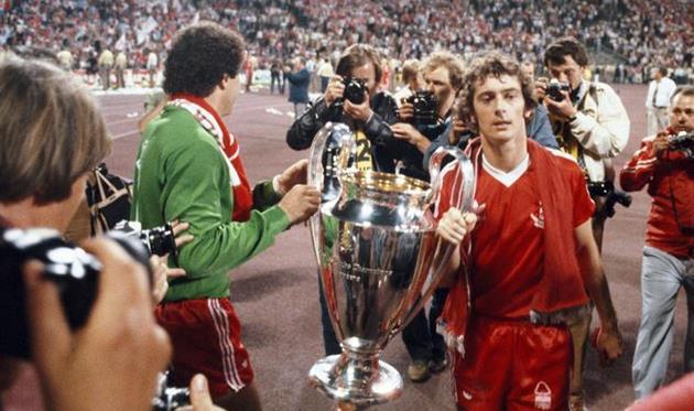 Тревор Френсис с Кубком европейских чемпионов в 1979 году, Getty Images