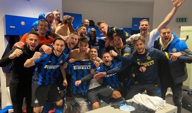 От неудачников к победителям: клубы, вылетавшие из групп Лиги чемпионов, но побеждавшие в родном чемпионате