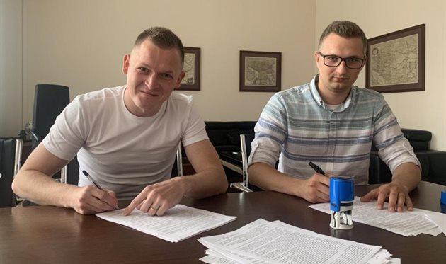 Евгений Пасич (слева), НК Верес