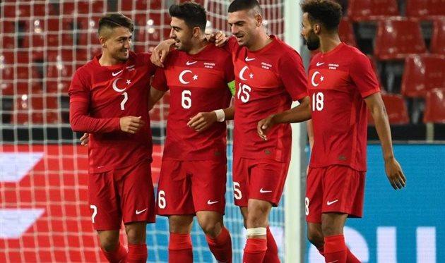 Игроки сборной Турции, скриншот