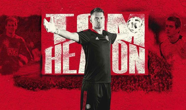 Том Хитон, Манчестер Юнайтед