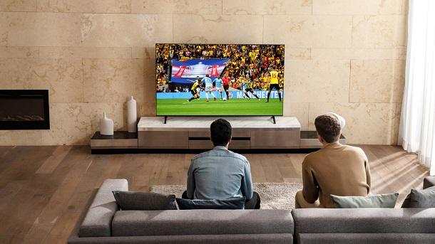 Телевизоры LG NanoCell создадут атмосферу стадиона в вашей гостиной. Реклама