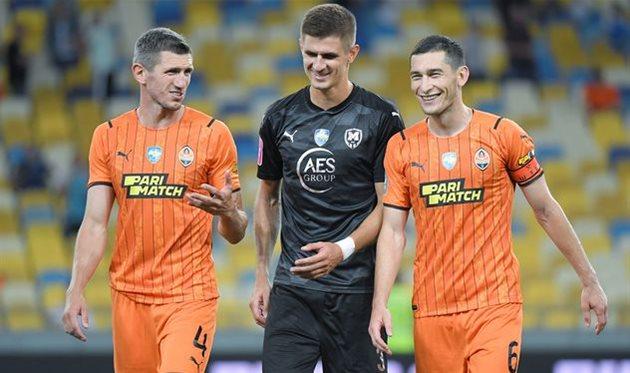 Слева направо: Сергей Кривцов, Евгений Ткачук и Тарас Степаненко, фото ФК Шахтер Донецк