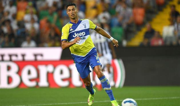 Роналду попрощался с футболистами Ювентуса, приехав на базу клуба — Романо