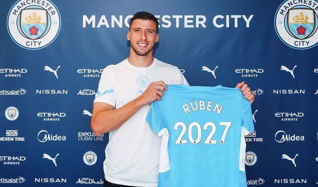 Рубен Диаш подписал долгосрочный контракт с Манчестер Сити