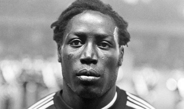 Скончался экс-игрок сборной Франции и ПСЖ Адамс — он был в коме 39 лет