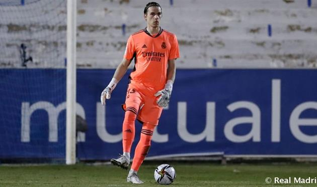 Лунин вернулся к тренировкам в основной группе Реала