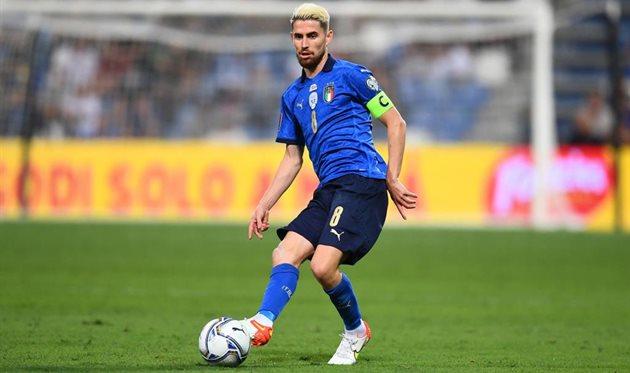Жоржиньо стал вторым в истории не итальянцем капитаном сборной Италии