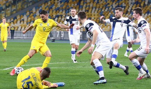 Сборная Украины по футболу одержала первую победу на отборе ЧМ-2022