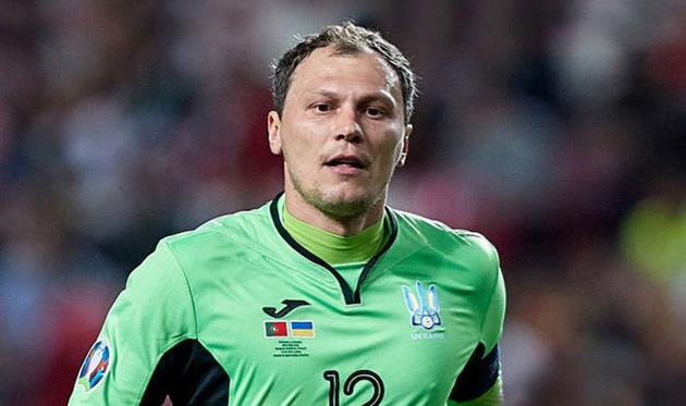 Пятов побил рекорд Тимощука в сборной Украины
