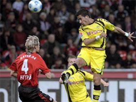 Барриос забивает, kicker.de