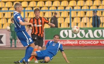 Чижевский и Браила не раз остановили Гладкого, фото shakhtar.com