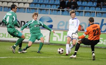 Нинкович сравнял счет, фото И. Хохлова, Football.ua