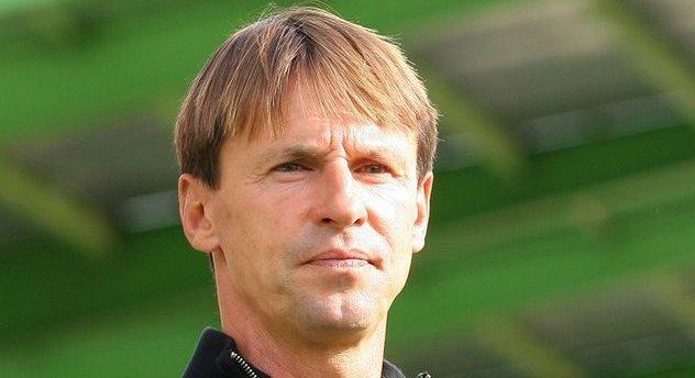 Франтишек Страка, uefa.com