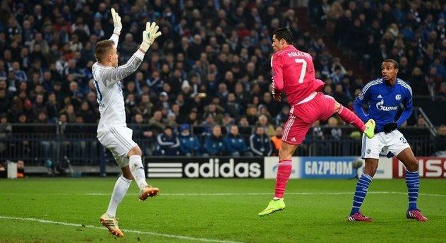 Гол Роналду, uefa.com