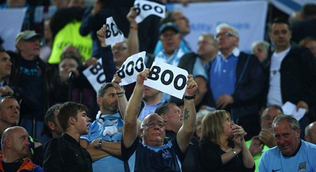 Протест фанатов Манчестер Сити на матче против Севильи, Sky Sports