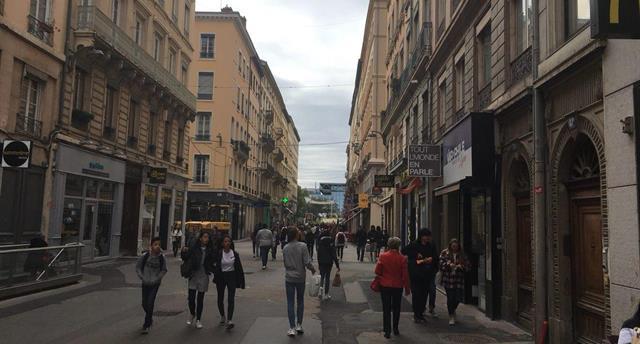 В Лионе праздника не будет: заметки из Франции