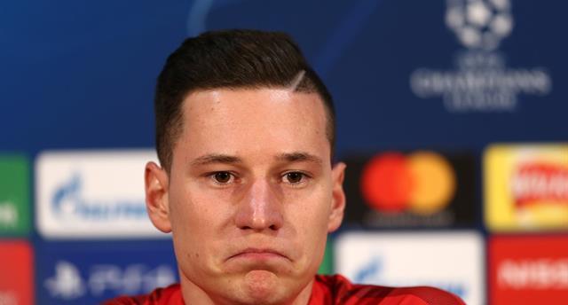 Юлиан Дракслер, УЕФА